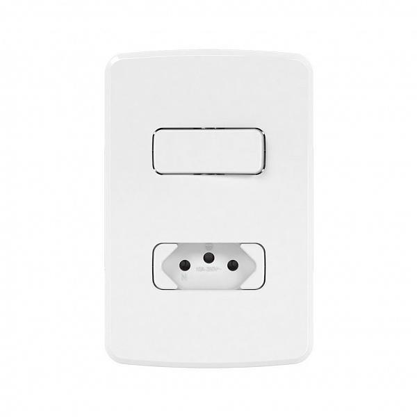 Interruptor Simples+1Tomada 2P+T10A-250V com Placa 4x2