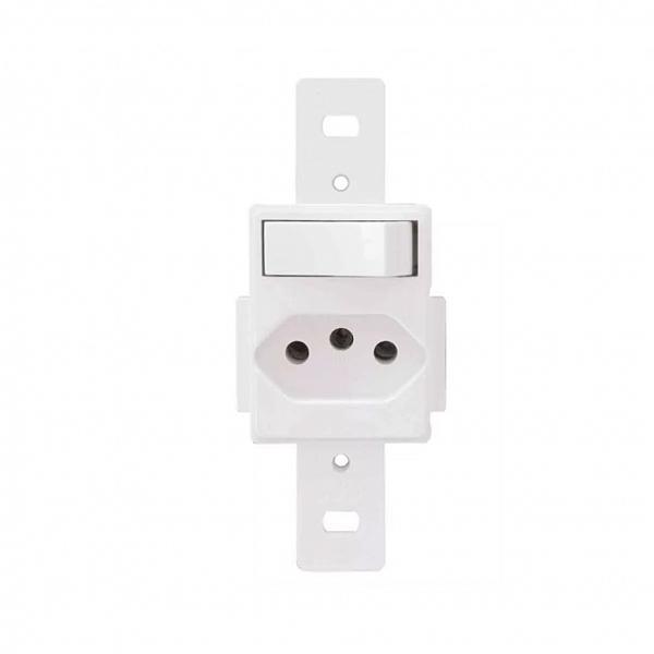 Interruptor Sipmles +1 Tomada 2P+T 10A-250V para condulete
