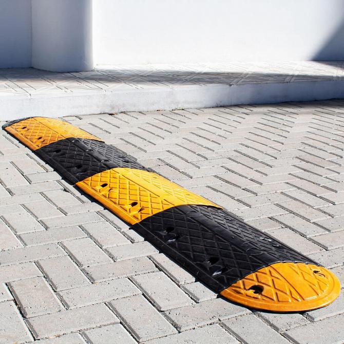 Lombada (quebra-molas) de borracha 2 metros amarela/preta
